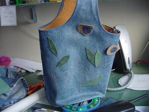 Bucket bag (front)